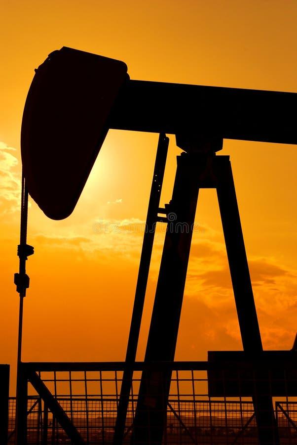 ekstrakcja surowy olej obrazy stock
