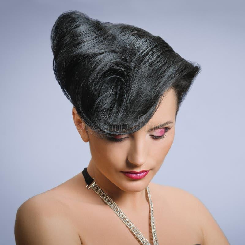 Ekstrawagancka żeńska fryzura obrazy stock