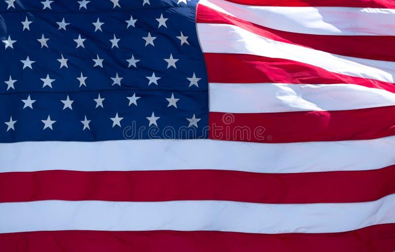 Ekstremum Zamkni?ty W g?r? lampas?w flaga ameryka?ska i gwiazd obrazy royalty free