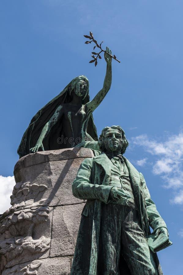 El ¡de Ljubljana, Francia PreÅ eren, estatua, monumento, horizonte, ¡de PreÅ eren el cuadrado, Eslovenia, Europa, visión panorámi fotografía de archivo