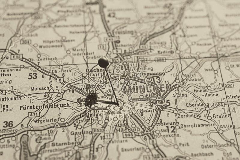 El ¼ de Munich MÃ nchen marcado con el pasador en mapa fotografía de archivo libre de regalías
