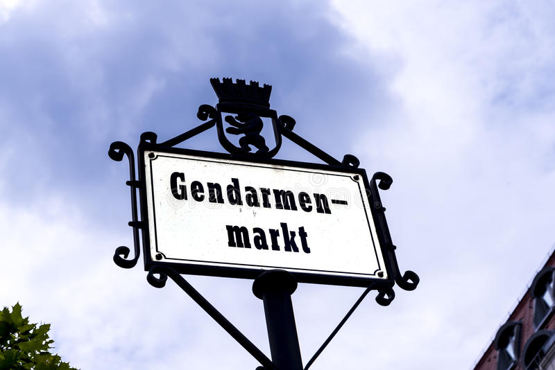 El área de Gendarmenmarket de Berlín el capital de Alemania fotografía de archivo