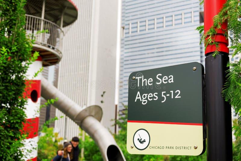 El área de mar firma adentro a Maggie Daley Park en Chicago foto de archivo