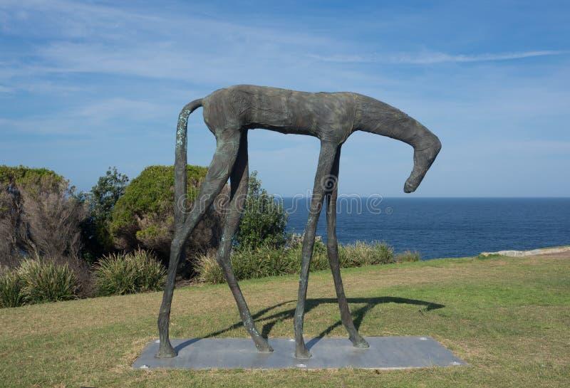 El 'caballo envuelto es ilustraciones esculturales al lado de fan de Yu en la escultura por los acontecimientos anuales del mar l imagen de archivo libre de regalías
