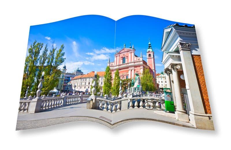 El 'puente triple famoso 'en Ljubljana Eslovenia - Europa - gente no es reconocible 3D rinden de una ISO abierta del libro de la  fotografía de archivo
