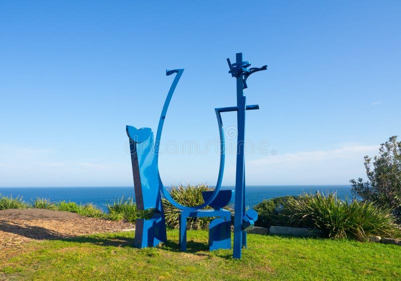 El 'trapecio es ilustraciones esculturales de Philip Spelman en la escultura por los acontecimientos anuales del mar libres al pú foto de archivo