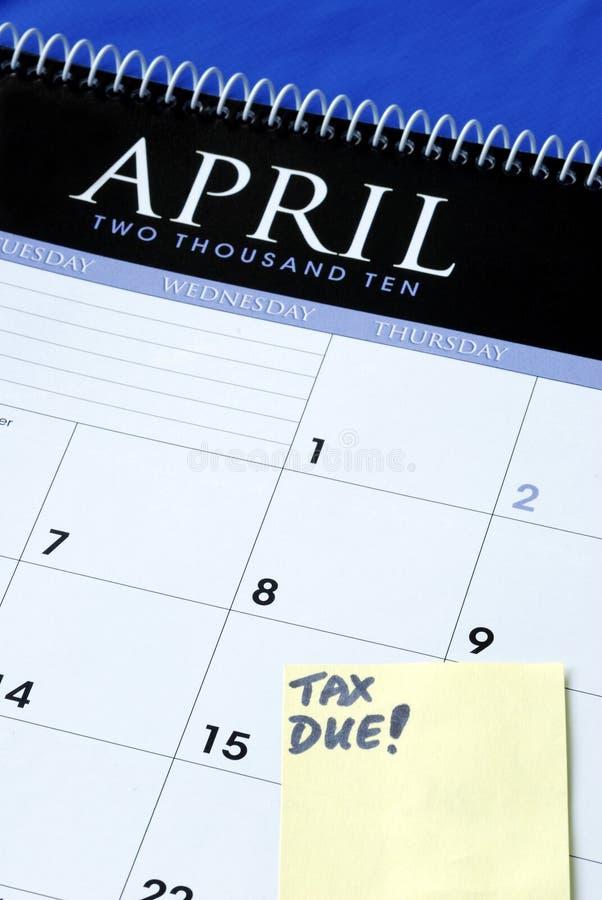 El 15 de abril es el día debido para las declaraciones sobre la renta fotos de archivo
