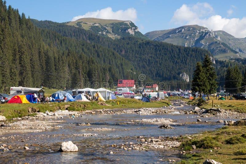 El acampar del Fest de Padina fotografía de archivo libre de regalías