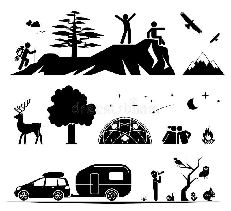 El acampar en la naturaleza fotografía de archivo libre de regalías