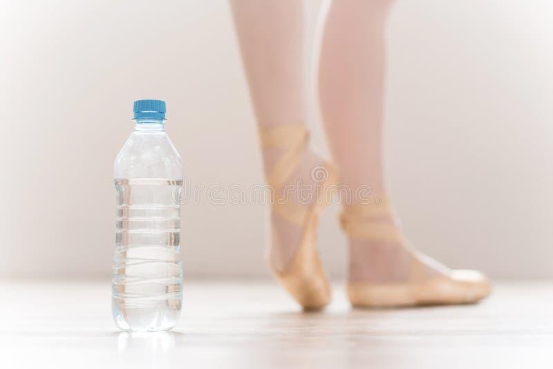Download El Agua Es Parte Parte Importante De Entrenamiento Imagen de archivo - Imagen de foco, frescura: 41909161