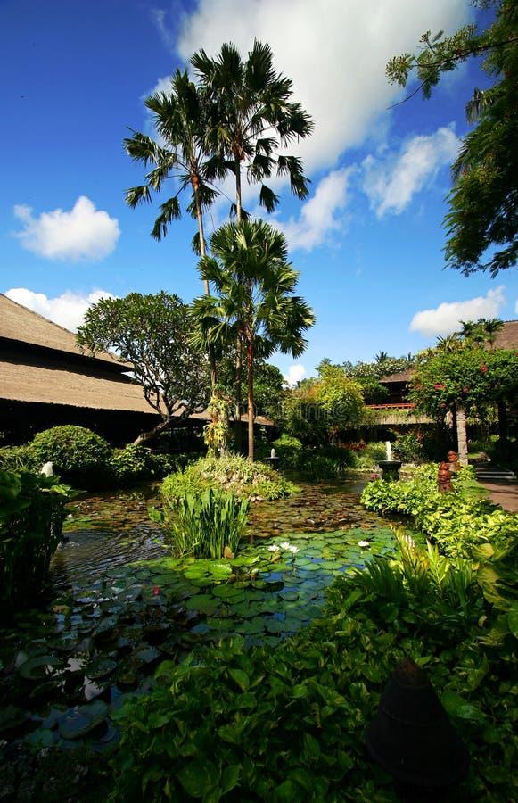 El ajardinar del centro turístico de Bali imágenes de archivo libres de regalías