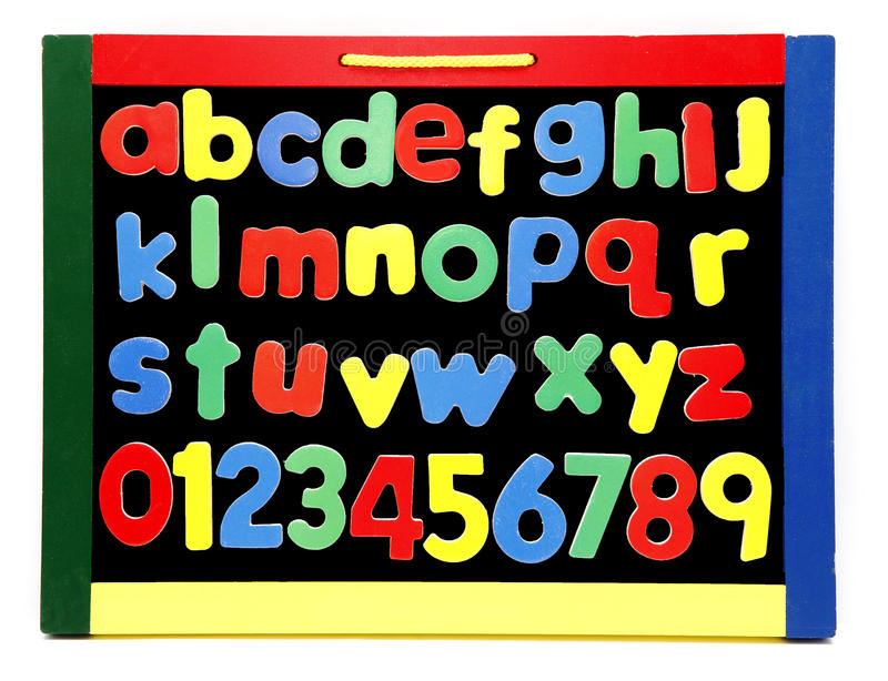 El Alfabeto Pone Letras A La Tarjeta De Tiza Foto de archivo