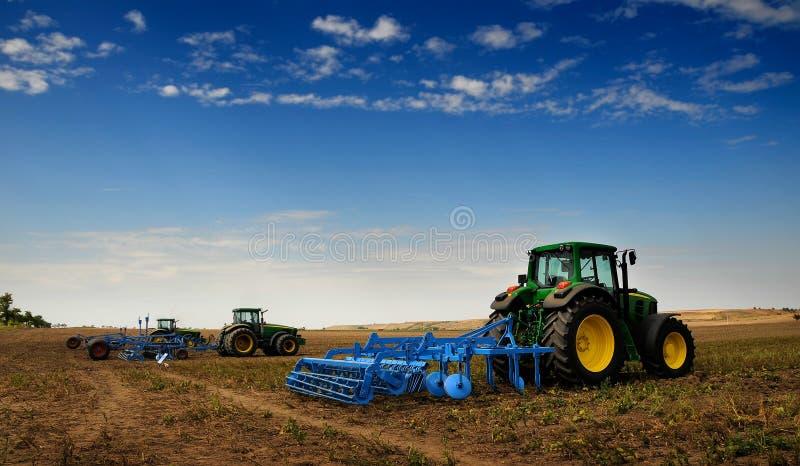 El alimentador - equipo de granja moderno foto de archivo libre de regalías