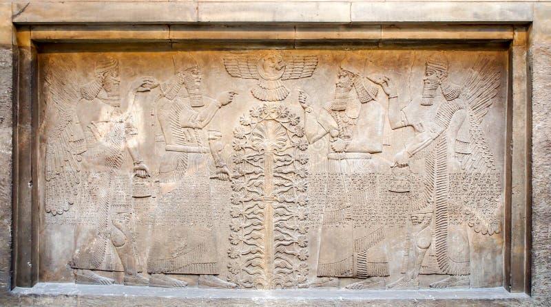 El alivio del asirio en British Museum foto de archivo
