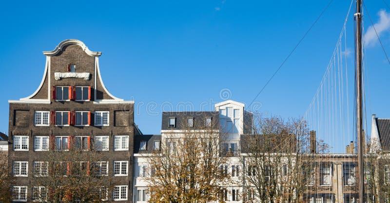 El almacén viejo llamó Estocolmo Huis, en Dordrecht, los Países Bajos foto de archivo
