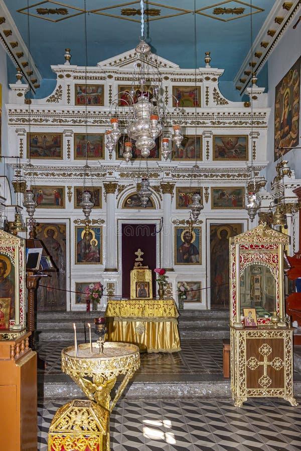 El altar del monasterio santo del santo Paraskevii en Paleokastrites en Corfú, Grecia foto de archivo libre de regalías