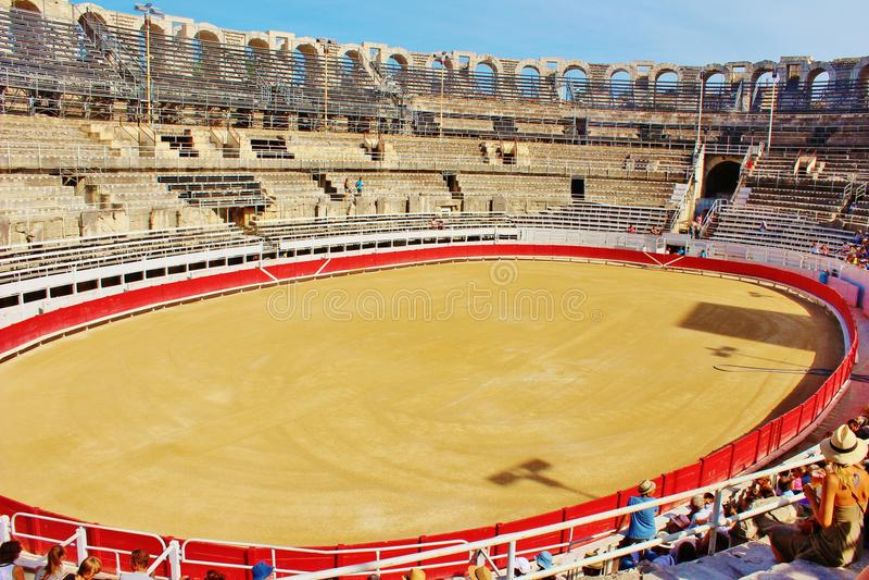 El anfiteatro de Arles, Francia imagen de archivo libre de regalías