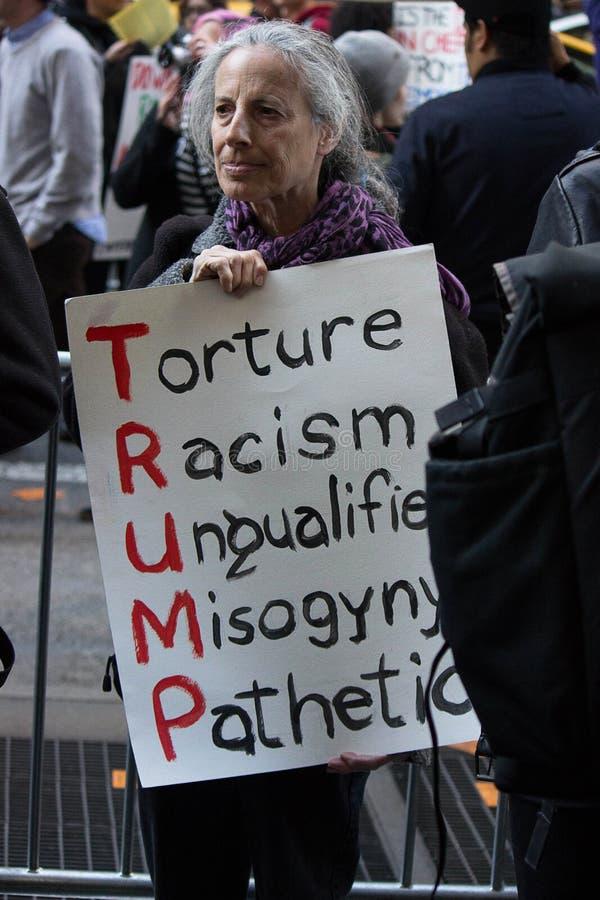 El Anti-triunfo republicano de la gala 2016 protesta NYC imagenes de archivo