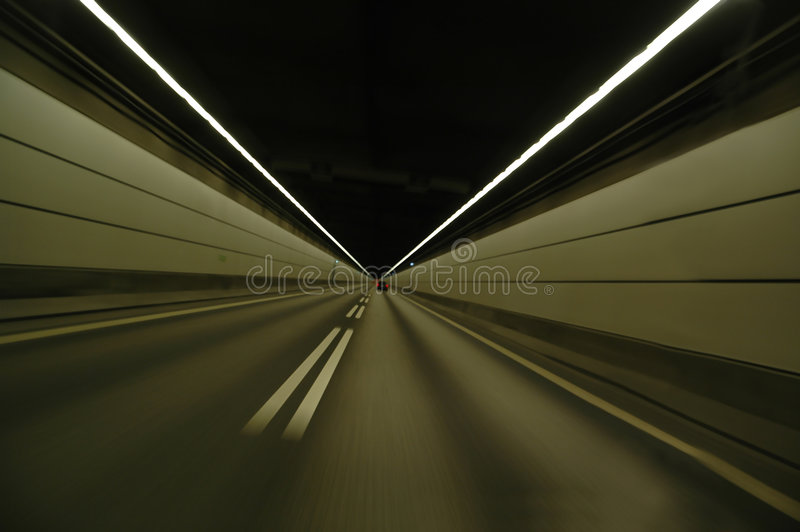 El apresurar en túnel imagen de archivo