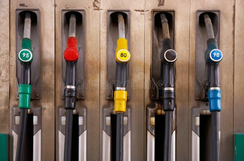 El aprovisionar de combustible fotografía de archivo