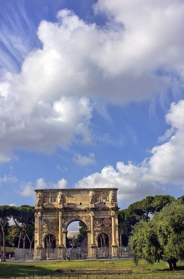El arco de Constantina, Roma, Italia fotografía de archivo