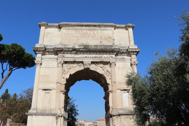 El arco de Titus imagen de archivo