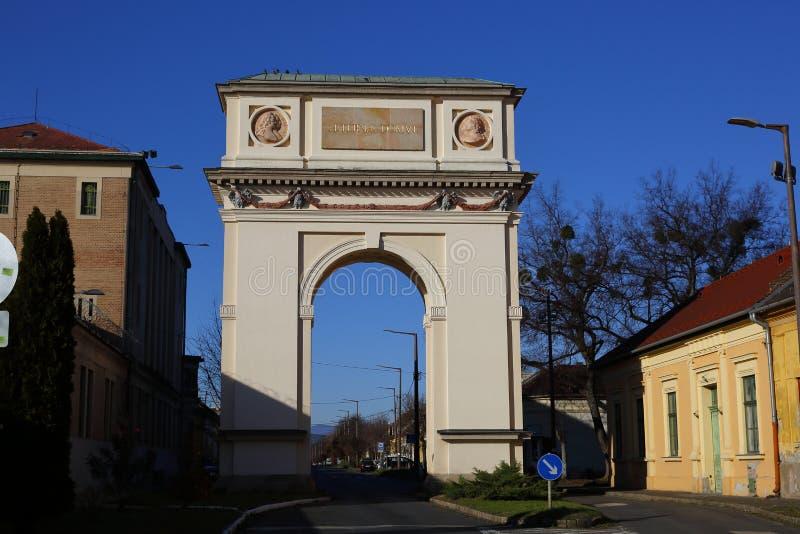 El arco de Triumph en el VAC, Hungría, el 24 de noviembre de 2015 fotos de archivo libres de regalías