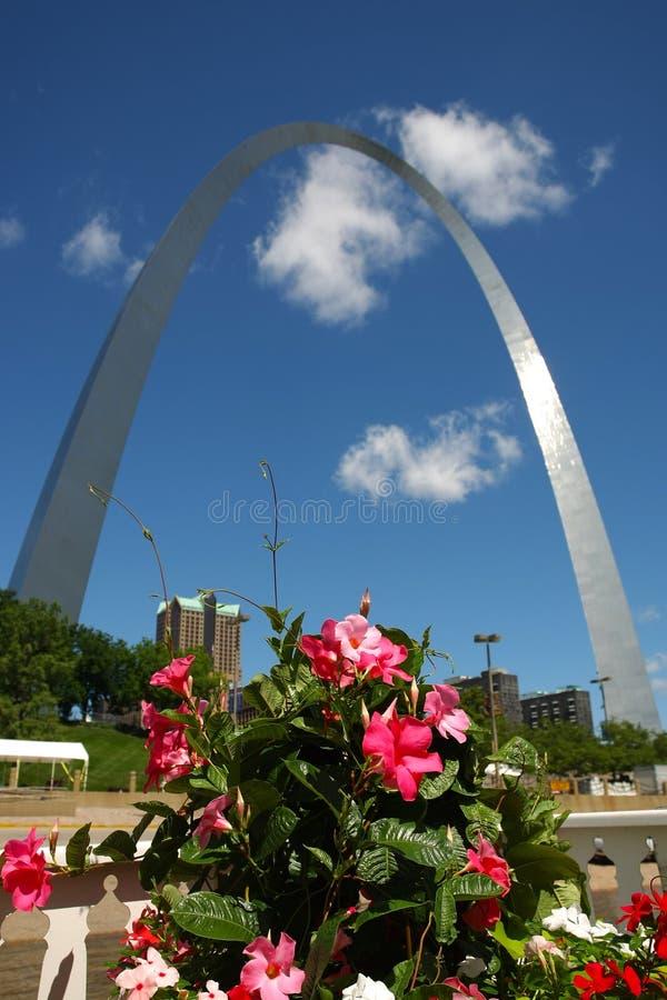 El arco del Gateway en St. Louis, MES fotos de archivo