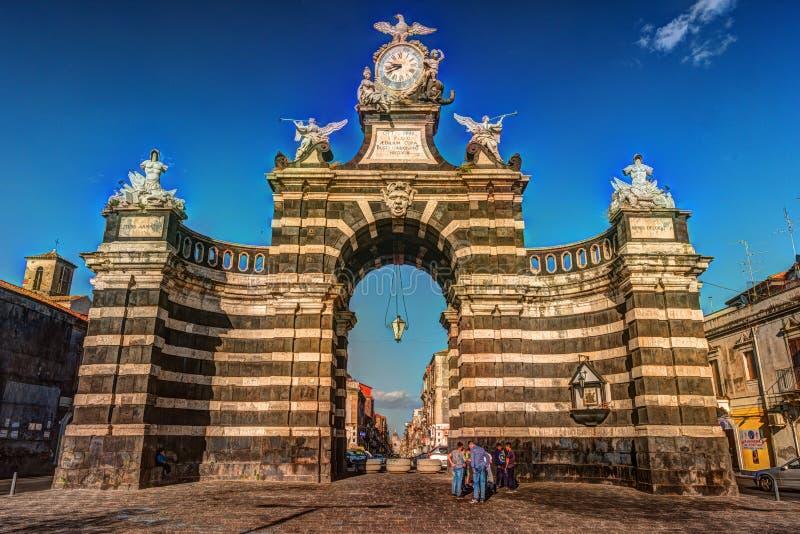 El arco Giuseppe Garibaldi, Catania, Sicilia foto de archivo