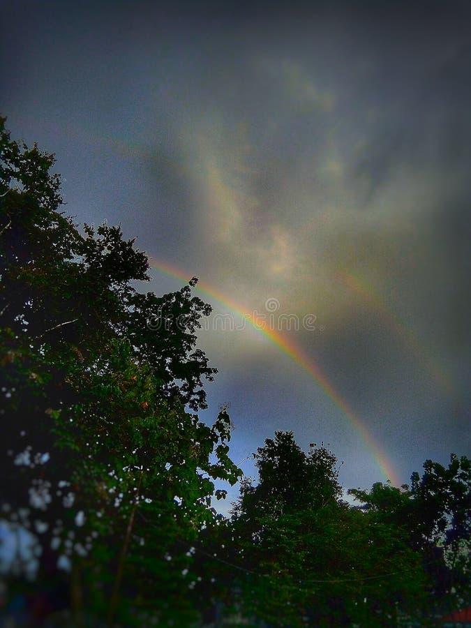 El arco iris foto de archivo