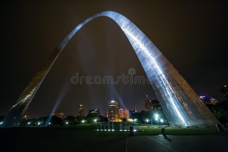 El arco St. Louis, Missouri de la entrada imagenes de archivo