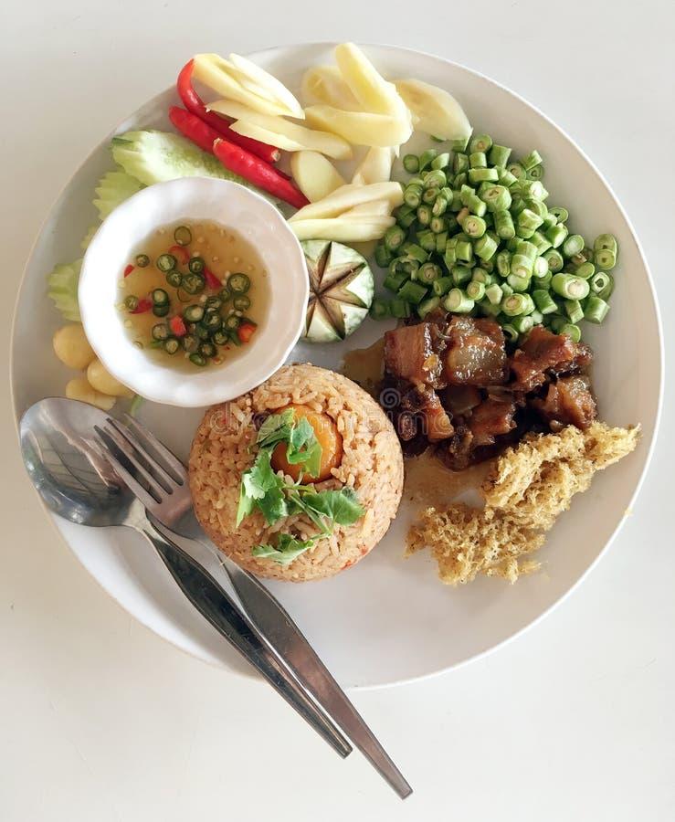 """El arroz se mezcló con goma del camarón y stre tailandés famoso del †dulce del cerdo """" fotos de archivo libres de regalías"""