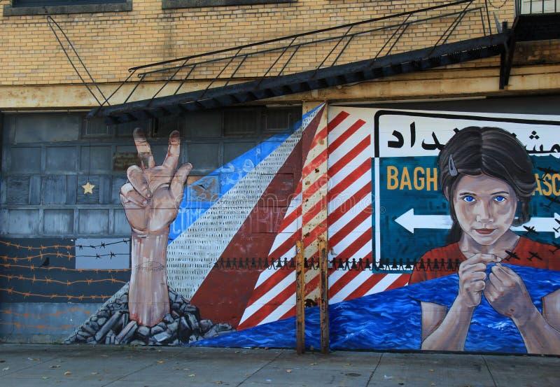 El arte impresionante de la calle con el ` s del mensaje uno se fue para imaginar, Rochester, Nueva York, 2017 foto de archivo libre de regalías