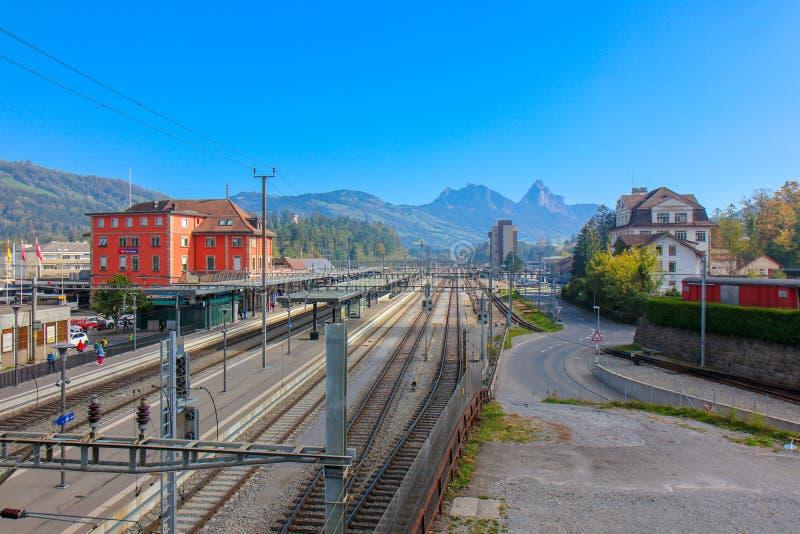 El Arth-Rigi-Bahn es ferrocarril de estante del estándar-indicador fotos de archivo