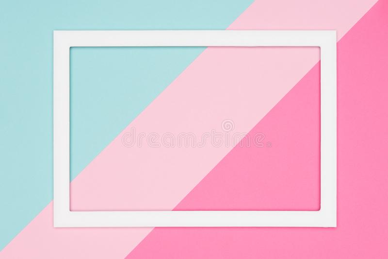 El azul en colores pastel geométrico abstracto, el trullo y el plano de papel rosado ponen el fondo Minimalismo, geometría y plan ilustración del vector