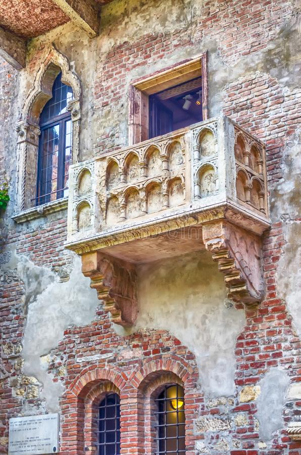El balcón famoso de Romeo y de Juliet en Verona, Italia fotografía de archivo libre de regalías