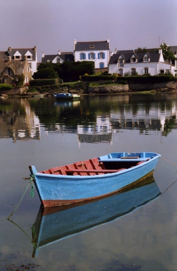 Download El barco azul imagen de archivo. Imagen de solo, casa - 7289127