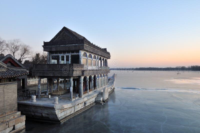 El barco de mármol de la pureza y de la facilidad fotos de archivo libres de regalías