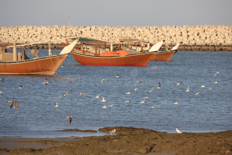 El barco de madera de los pescadores tradicionales fotografía de archivo libre de regalías
