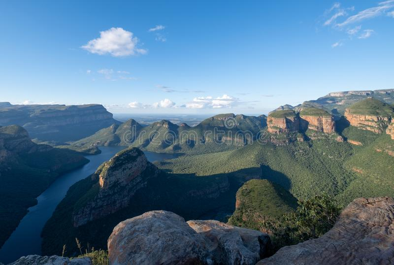 El barranco del r?o de Blyde en la ruta del panorama, Mpumalanga, Sur?frica fotos de archivo
