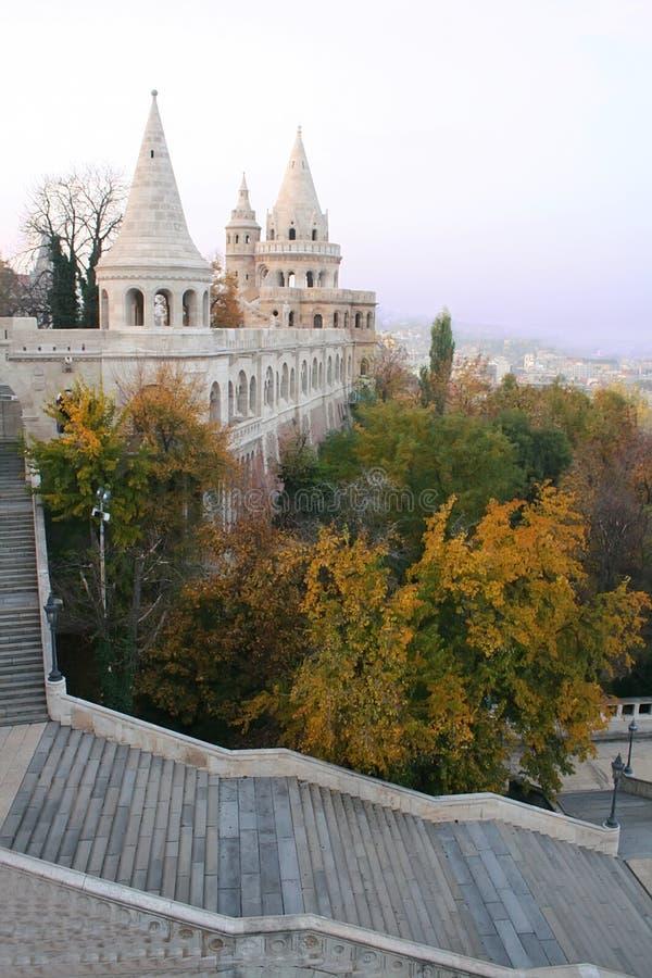 El bastión de los pescadores en Budapest fotos de archivo