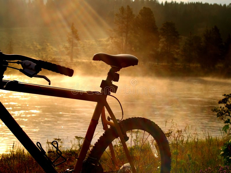El Biking en paraíso fotografía de archivo