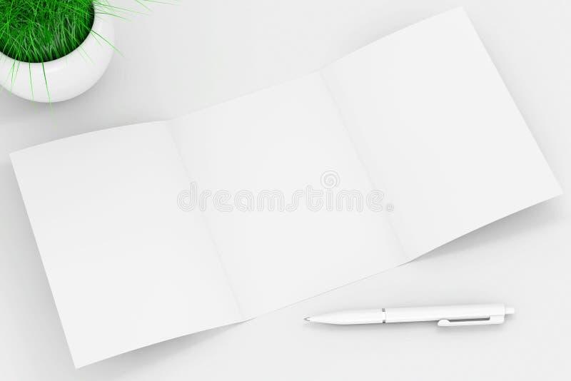 El blanco dobló el papel del folleto de la maqueta cerca de pluma y la hierba en C blanca libre illustration