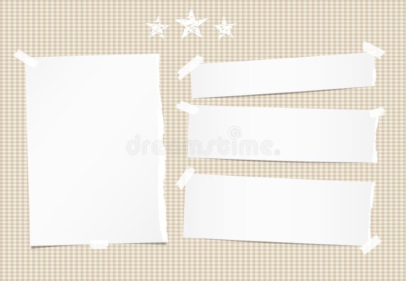 El blanco rasgó la nota, el cuaderno, la hoja del cuaderno, las tiras y las estrellas de papel en fondo ajustado marrón libre illustration