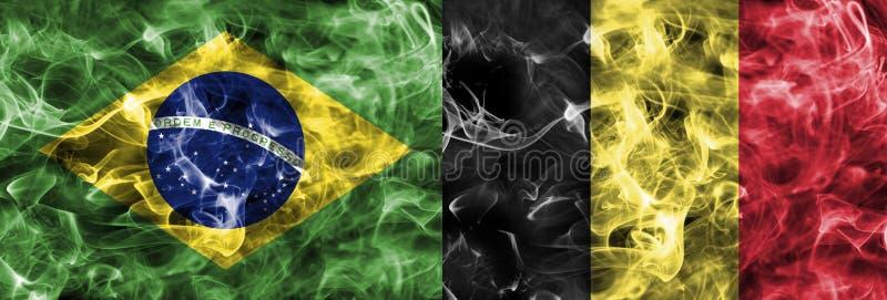 El Brasil contra la bandera del humo de Bélgica, finales cuartos, mundial 2018, Moscú, Rusia del fútbol imagen de archivo libre de regalías