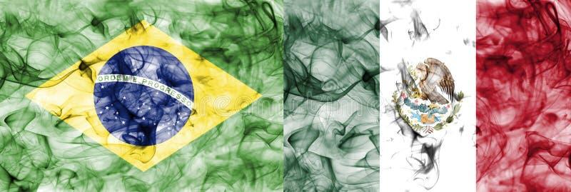 El Brasil contra la bandera del humo de México, finales cuartos, mundial 2018, Moscú, Rusia del fútbol fotografía de archivo libre de regalías