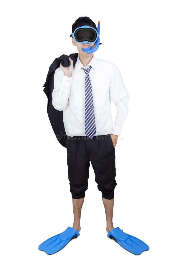 El bucear que lleva del hombre de negocios acertado aislado imagen de archivo