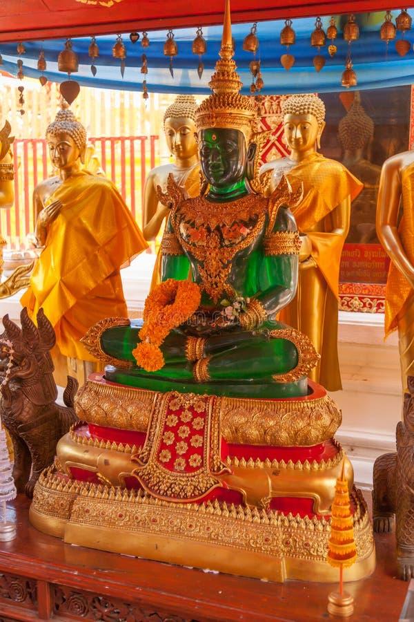 El Buddha esmeralda fotos de archivo