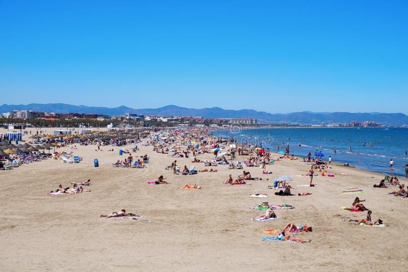 El Cabanyal Malvarrosa i los angeles wyrzucać na brzeg w Walencja, Hiszpania zdjęcia royalty free