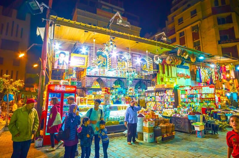 El café de los dulces en Khan El-Khalili Market, El Cairo, Egipto imagen de archivo libre de regalías